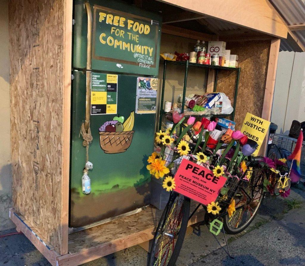 Forest Ave Comeunity fridge
